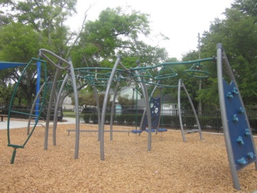 colonialtown-park-002